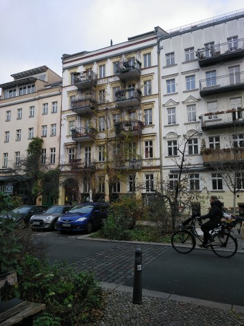 Una de las muchas calles anchas de la ciudad