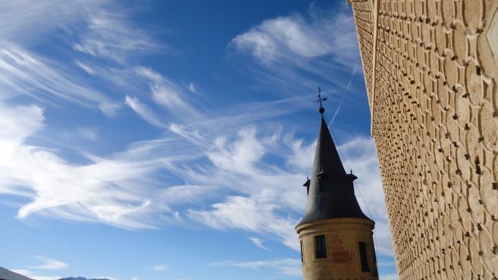 Nubes en el Alcazar